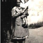 La nonna e il bimbo - La storia